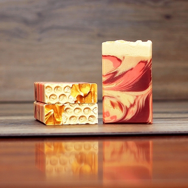Peaches and Cream Soap  (Goat milk and Honey Bar)